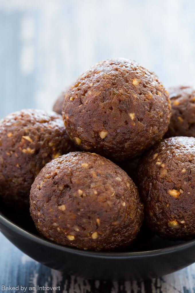 Vegan Chocolate Truffle Bites_680-1