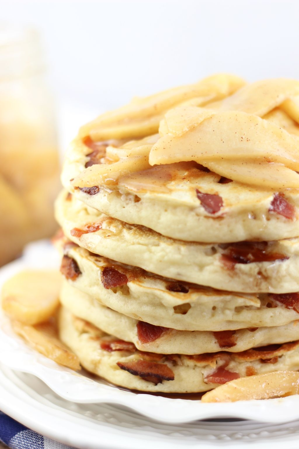 bacon pancakes with caramelizezd apples 6