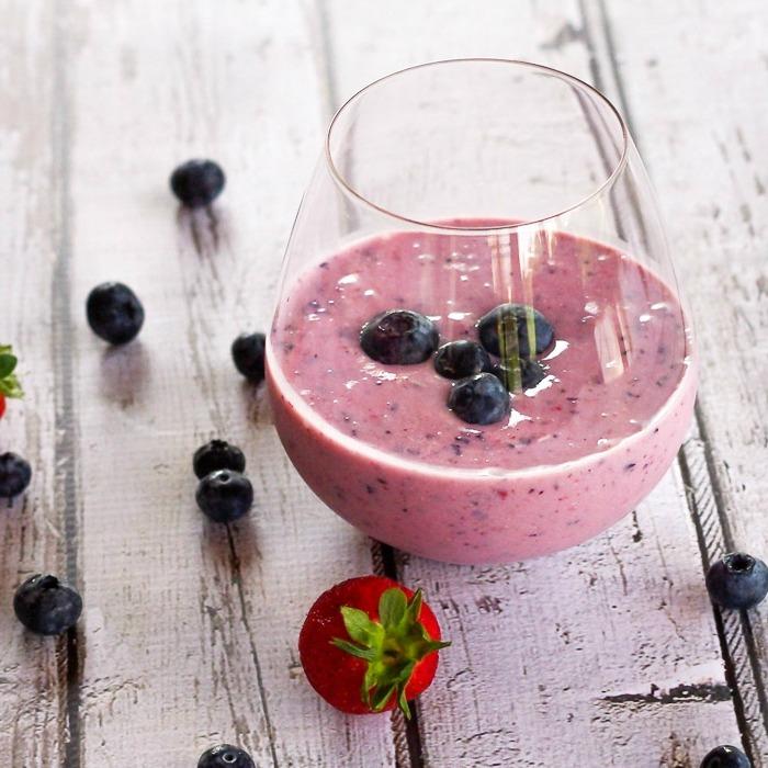Healthy Blueberry Blast Yogurt Smoothie