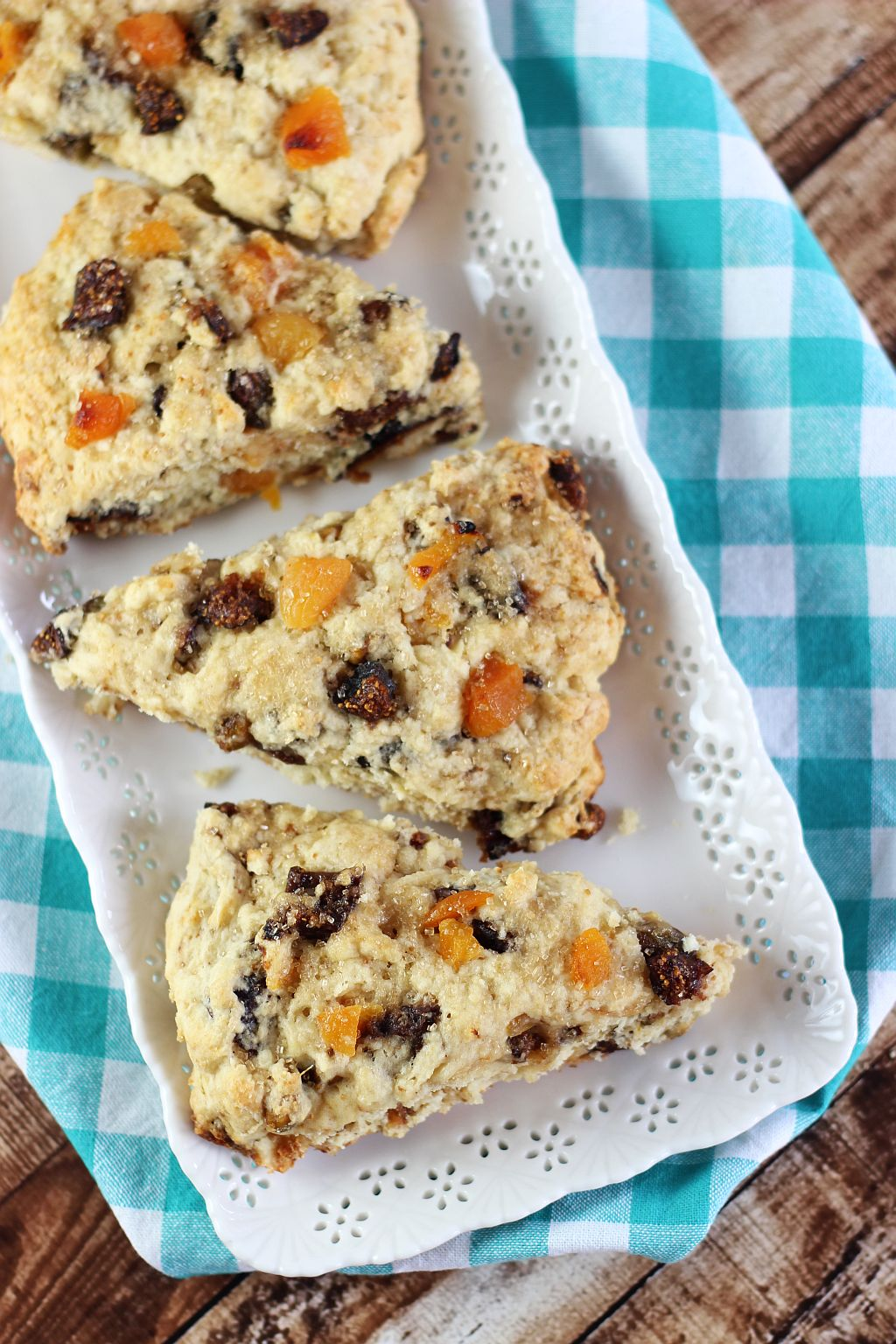 candied pistachio apricot and orange fig scones 7