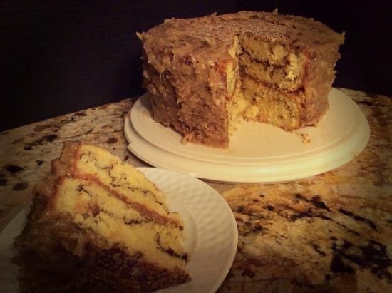 caramel_suprise_crunch_cake