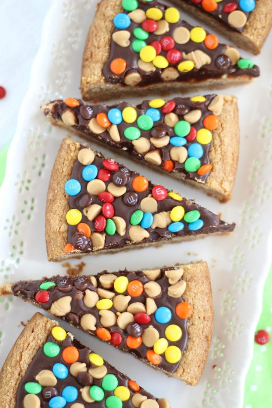 chocolate peanut butter cookie pizza  small 2