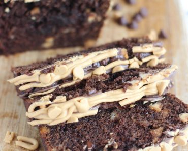 chocolate peanut butter cup banana bread 17