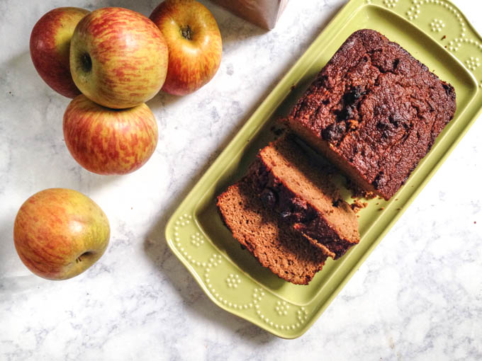 cinnamon-apple-breakfast-bread-gluten-free-bread