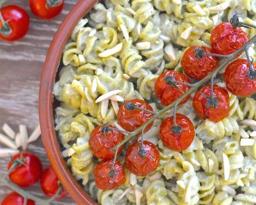 creamy vegan pesto pasta salad 4 copy