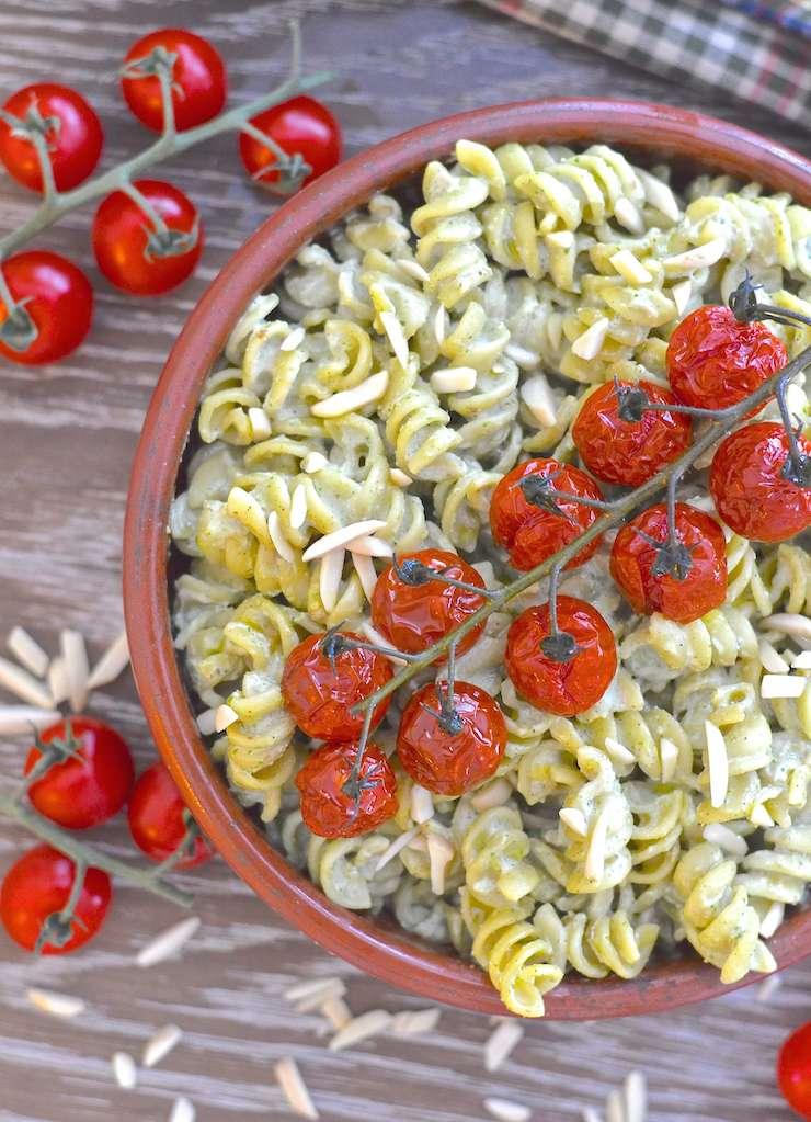 creamy vegan pesto pasta salad 4 copy