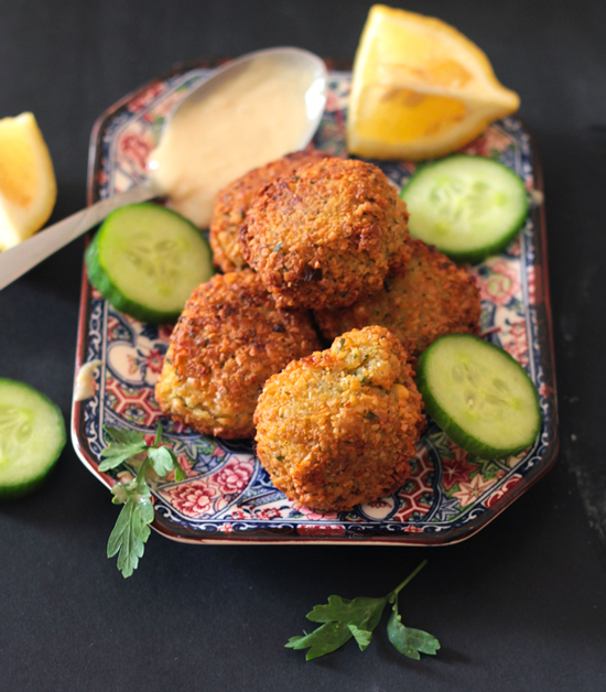 How To Make Delicious & Crispy Falafel at Home