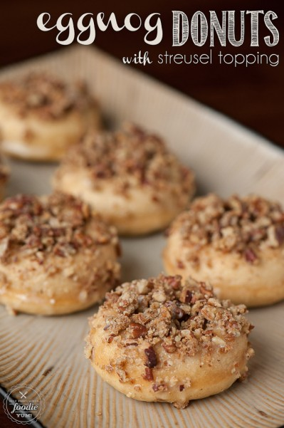 eggnog-donuts-streusel-topping