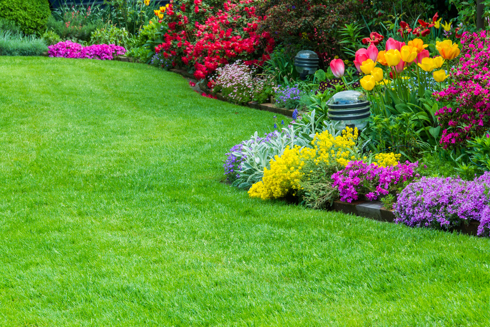 top 4 benefits of garden maintenance services - Garden Mainenance