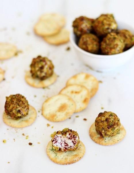 goat cheese pistachio cranberry truffles 4