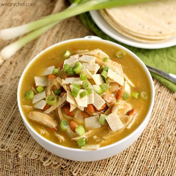 green-chicken-enchilada-soup2-600x600