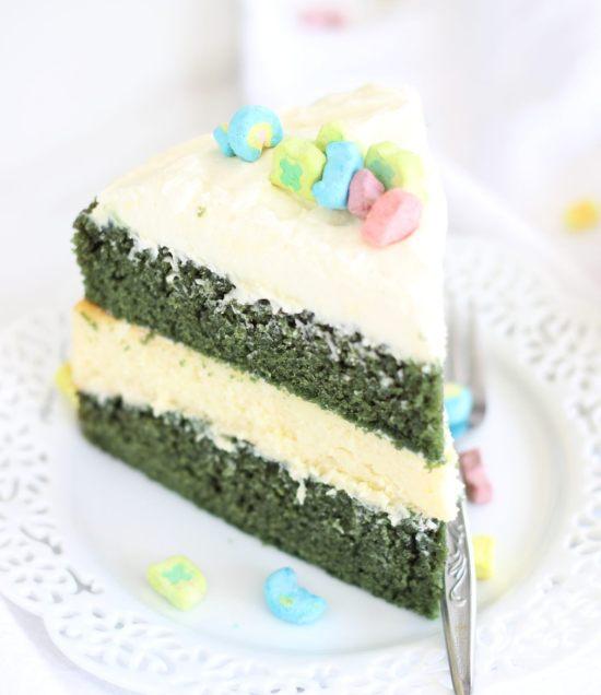 green velvet cheesecake cake 16