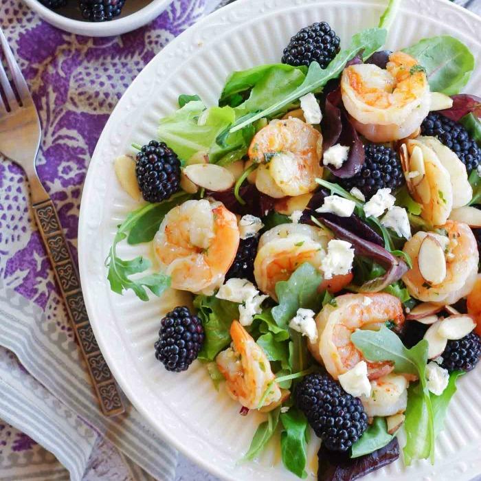 grilled-shrimp-salad-with-blackberries-6