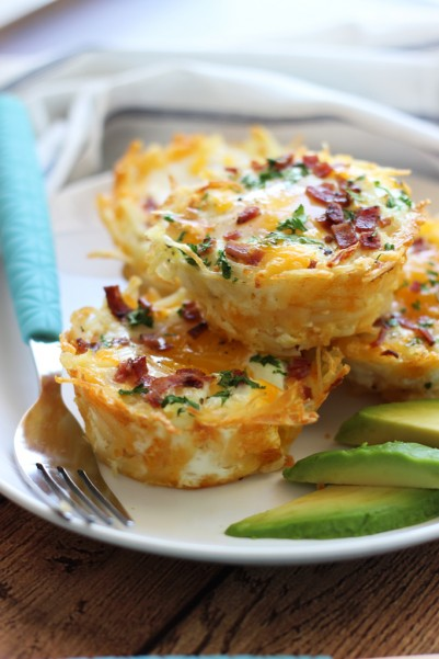hash-brown-eggs-nests-with-avocado-1
