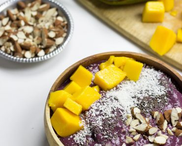 how-to-make-an-acai-bowl-4