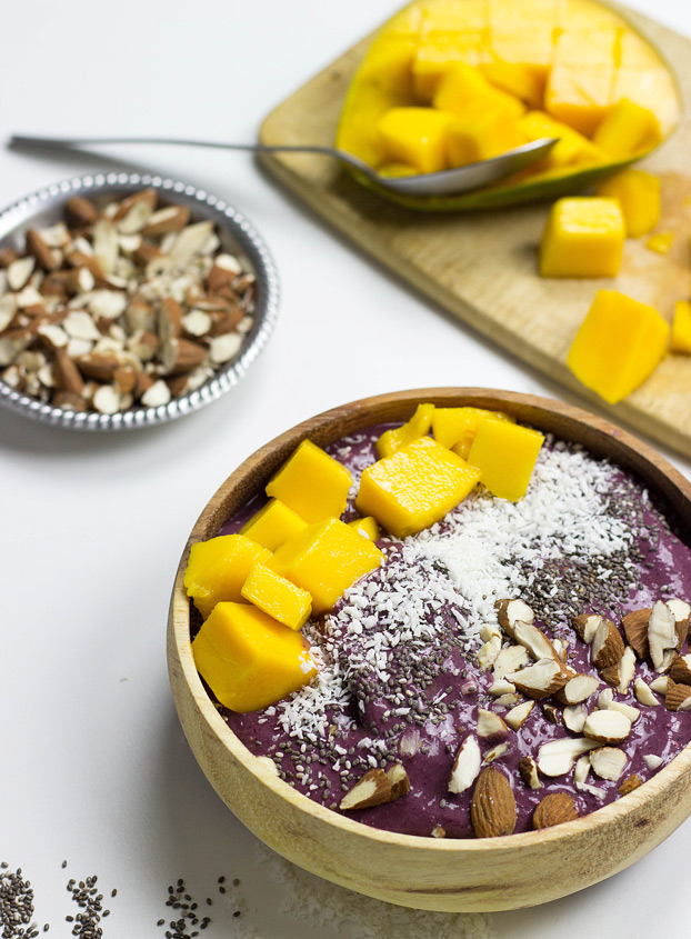 how-to-make-an-acai-bowl-4