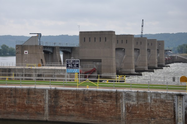 Lock and Dam #10 at Gutenberg, IA