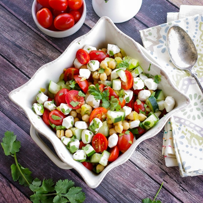 middle-eastern-chickpea-and-vegetable-salad (1)