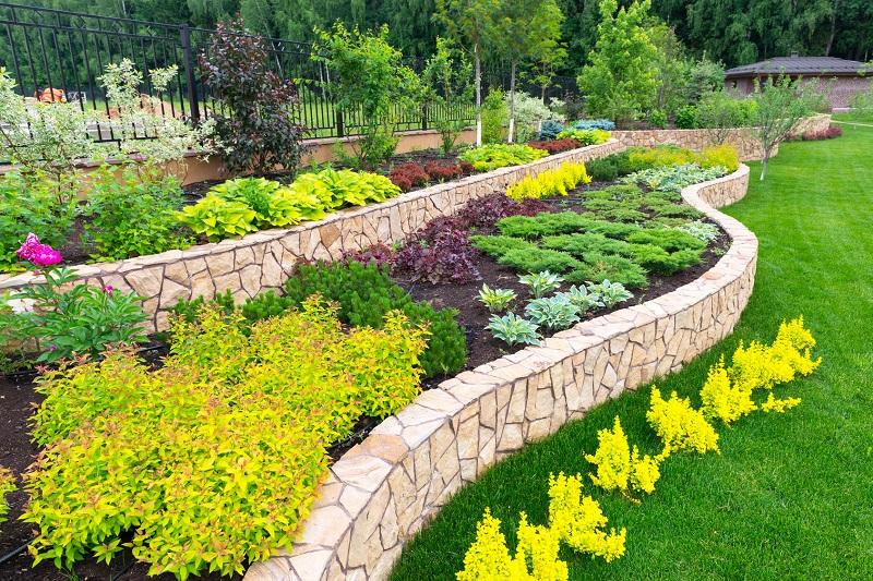 Natural landscaping in home garden. Modern Garden Design Ideas That You Should Know   Dan330