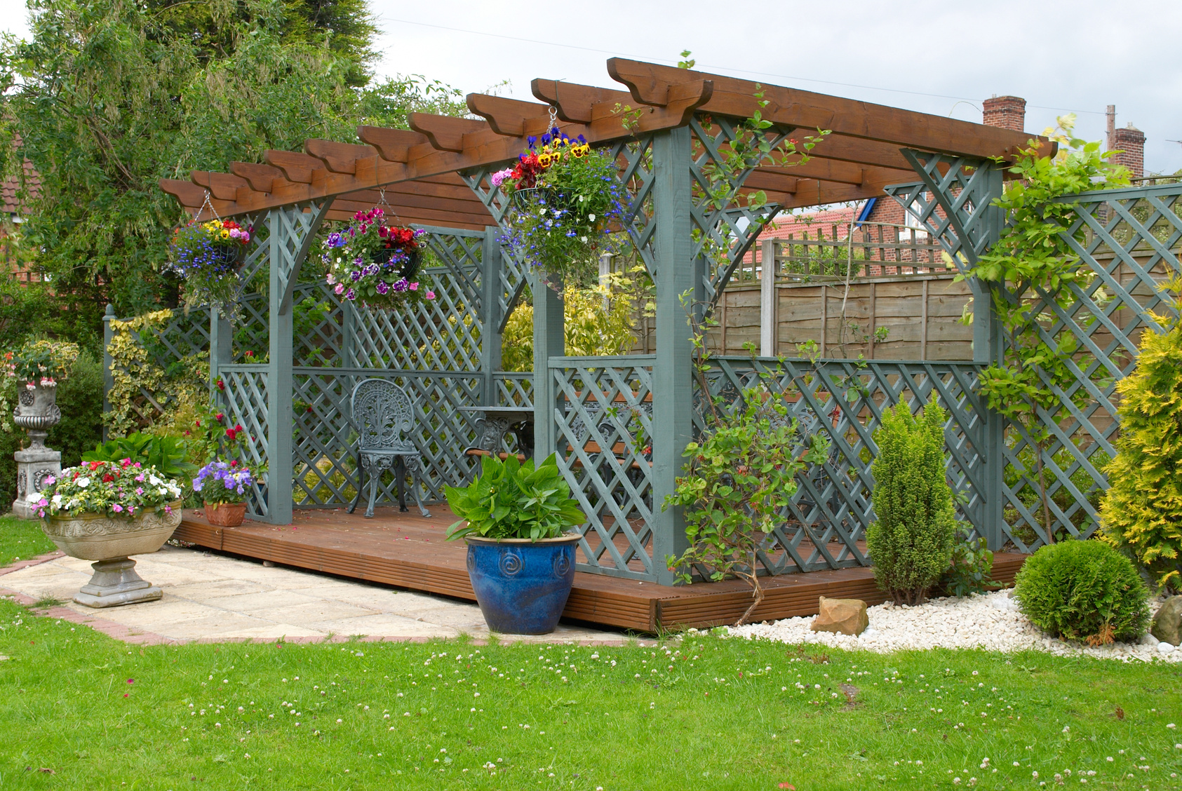 Why to Include Outdoor Pergola in Your Garden? – Dan330