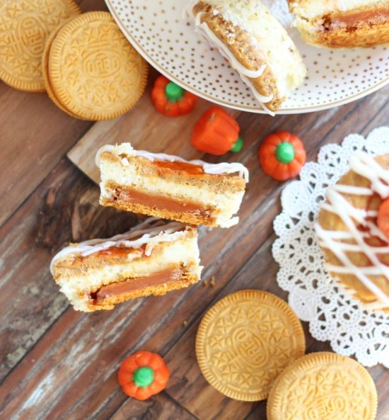 pumpkin spice oreo cheesecakes