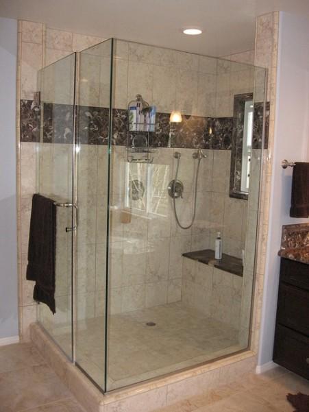 shower-438928_640