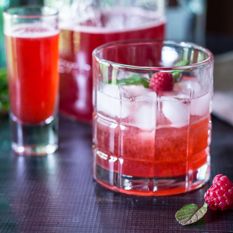 shrub cocktail sq ~ raspberry shrub reicpe ~ gardenmatter.com