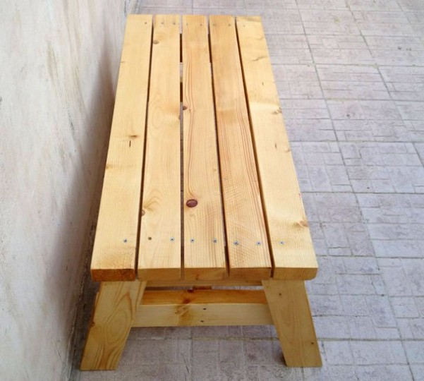 simple-sitting-bench-2