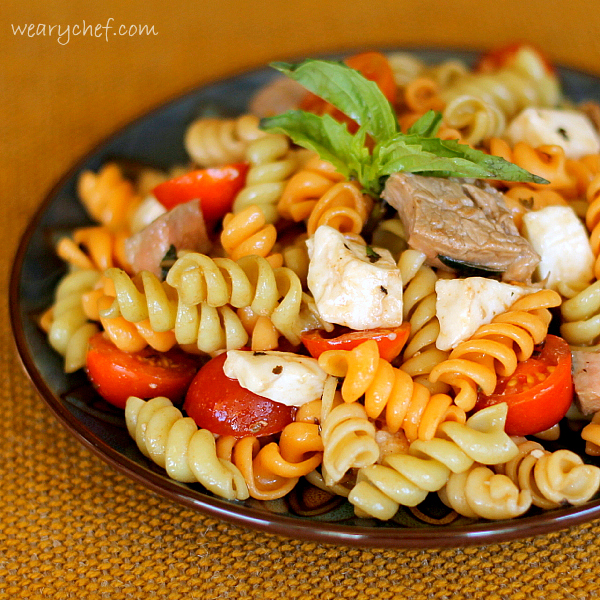 steak-caprese-pasta-salad