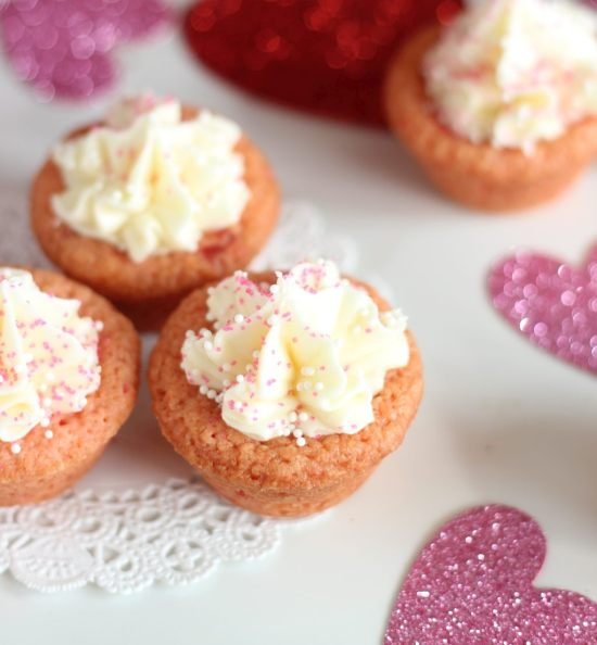 strawberry cookie cups with white chocolate buttercream 13
