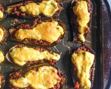 stuffed-eggplant-cauliflower-cream-tray