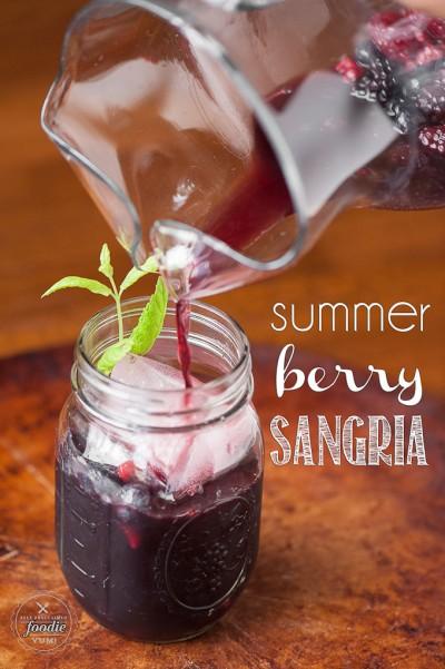 summer-berry-sangria