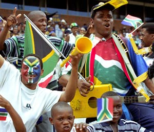 vuvuzela-fans