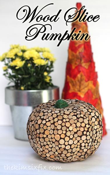 wood-slice-pumpkin